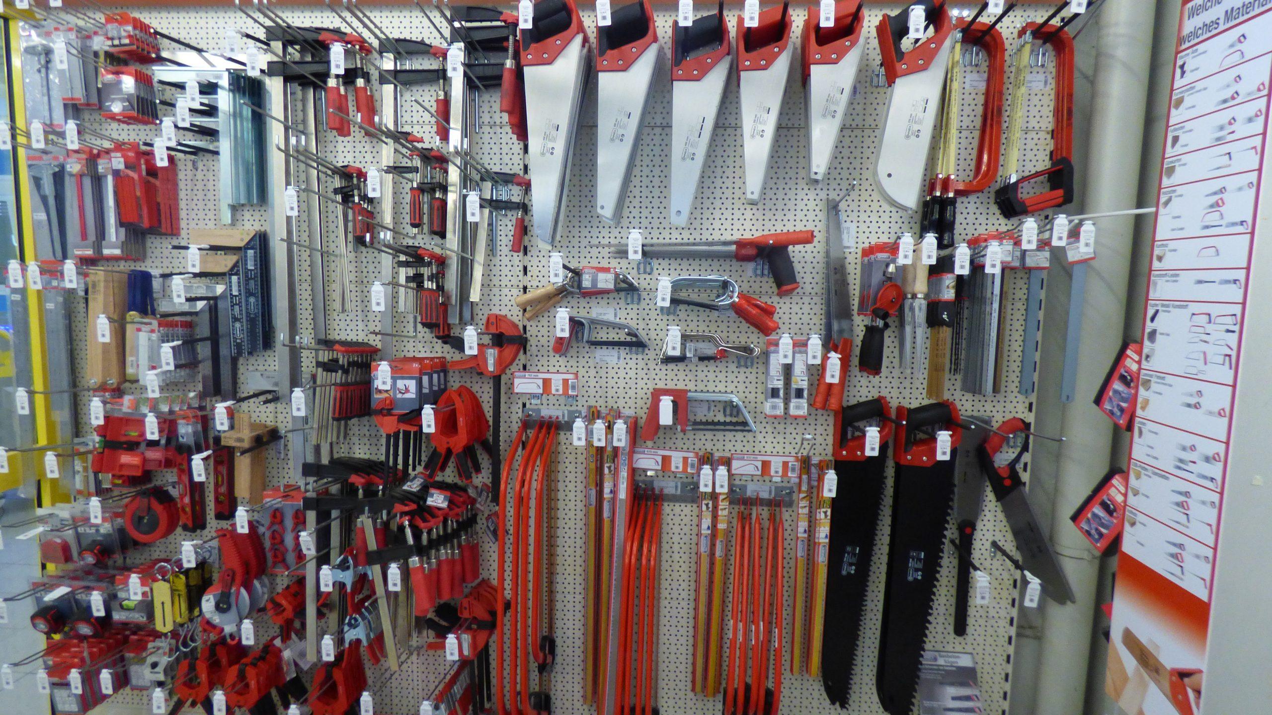 Werkzeuge - Baufuchs Königslutter GmbH